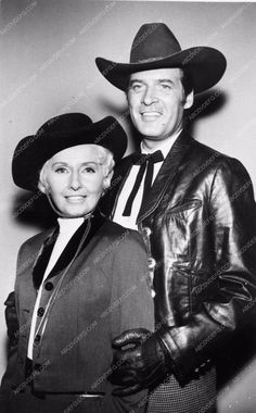 photo Peter Breck Barbara Stanwyck western TV show The Big Valley 3110-27