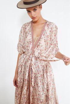 Boris KIMONO for women style. Paris women fashion designer store for women. Buy KIMONO fashion in Paris. Fashion Week, Summer Outfits, Fashion Dresses, Fancy, Lingerie, Shirt Dress, Boho, Casual, Cosmopolitan