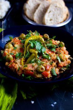 Bacalao a la Vizcaina or Basque Style Cod | #pescetarian #fishyvegetarians #pescaterian #mexicanrecipes #christmas #lent