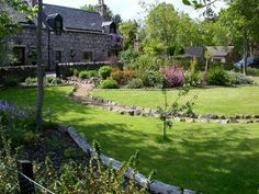 Harvey and Honey Self-catering Cottages, Ballater