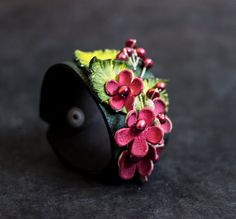 Elegant floral leather cuff bracelet with pearls OOAK designer statement jewelry Leather flower - julishland Geek Jewelry, Gothic Jewelry, Jewelry Crafts, Jewelry Design, Cowgirl Jewelry, Jewelry Necklaces, Jewellery, Leather Accessories, Leather Jewelry