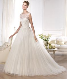 Pronovias | Vestidos de novia y vestidos de fiesta