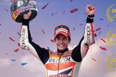 Estreante espanhol faz história em Valência e se torna o campeão mais jovem da história da MotoGP.