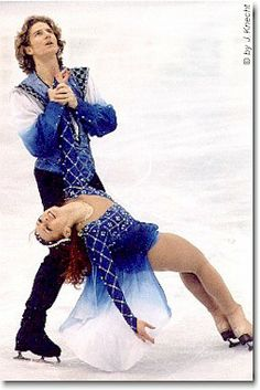 Great ice dancers: Gwendel Peizerat and Marina Anissina performing Romeo and Juliet ---miss this level of emotion in ice dancing--their performance was exquisite