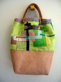 イメージ画像V  combination of materials tote bag/purse. Good for remaking a damaged bag. Recycling is good
