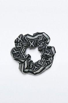 Schwarzes Haargummi mit Ethno-Print
