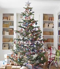 188 best a classic christmas images on pinterest christmas decorations xmas and christmas deco