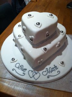 Heart design 'Silver Wedding' cake. Made at the request of my brother & sister in-law.