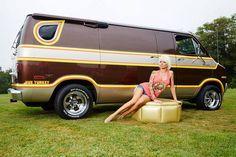 Custom VANS natural BABES & other bad ass transportation. Customised Vans, Custom Vans, Station Wagon, Men's Vans, Chevy Vans, Dodge Van, Old School Vans, Vanz, Day Van