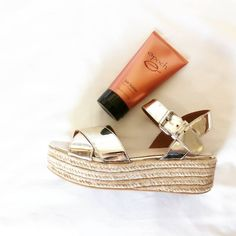 Cracked Feet, Cracked Skin, Epoch Sole Solution, Nu Skin, Foot Cream, Loving Your Body, Feet Care, Beauty Care, Spa Facial
