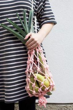 we love handmade | DIY: Makramee-Einkaufstasche | Do it Yourself: Handmade macrame bag | http://welovehandmade.at
