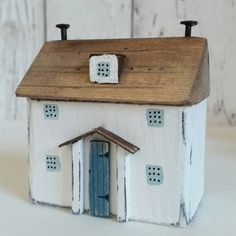 Beach cottage. от ShabbyDaisies на Etsy