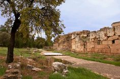 The old roman walls of Eleusis