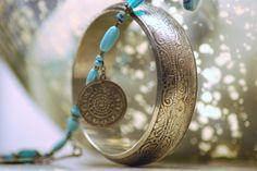 Je viens de mettre en vente cet article  : Parure bijoux Marque Inconnue 12,50 € http://www.videdressing.com/parures-bijoux/marque-inconnue/p-5915709.html?utm_source=pinterest&utm_medium=pinterest_share&utm_campaign=FR_Femme_Bijoux+%26+Montres_Bijoux+fantaisie_5915709_pinterest_share
