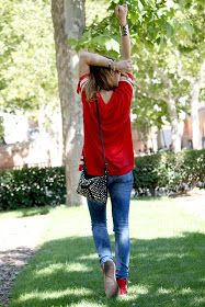La vie en Rouge : HERO t-shirt! White Keds, Zara, Pull N Bear, T Shirt, Outfit, Blog, Style, Fashion, Great Words