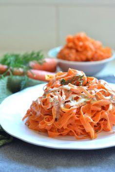 Tahini Dill Carrot Noodles food recipe food ideas recipes veggie carrot noodles food recipes noodle recipes veggie recipes Vegan Side Dishes, Side Dish Recipes, Food Dishes, Carrot Noodles, Veggie Noodles, Healthy Low Carb Recipes, Healthy Pastas, Carrot Recipes, Raw Food Recipes