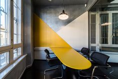 Red Bull Offices - Milan - 17 -- paint wall with this design in Kikoda green, grey, white, or black Office Space Design, Workspace Design, Office Workspace, Office Walls, Office Interior Design, Office Interiors, Office Table Design, Office Designs, Office Ideas