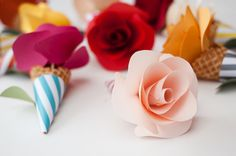 DIY Paper Flower Tutorials You Must See! Today we present you one collection of 40+ DIY Paper Flower Craft Ideasoffers inspiring ideas. Tryingto make paper flowers is so easy and fun.You onlyneed paper and scissors + maybe a few other supplies. Paper Flowers areamazing projects that you can do at home and a wonderful way …