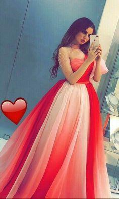 Cute Red Dresses, Pretty Prom Dresses, Stylish Dresses, Bridal Dresses, Beautiful Dresses, Fashion Dresses, Bridesmaid Dresses, Beautiful Girl Dance, Beautiful Girl Photo