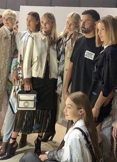 Couture Fashion, Runway Fashion, Fashion Models, High Fashion, Fashion Show, Fashion Design, Student Fashion, School Fashion, Modelos Fashion