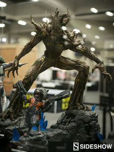 Marvel at Comic Con | Sideshow Collectibles Groot and Rocket Premium Format figures
