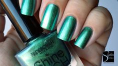 Smalto effetto scarabeo Deborah Shine Tech Shinee, Swatch, Nail Polish, Nails, Beauty, Green, Finger Nails, Ongles, Manicure