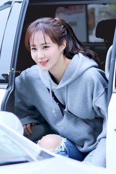Yoona, Snsd, Kim Hyoyeon, South Korean Girls, Korean Girl Groups, Yuri Girls Generation, Kwon Yuri, Celebrity Wallpapers, Kpop