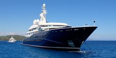 The Moose drops anchor alongside 'AL MIRQAB', the Kuwaiti Royal Family's private yacht, off Pamplonne Beach in St Tropez.