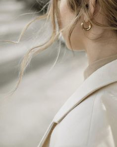 Earrings In Style Brittany Bathgate wearing small Freja hoop earring in gold by Common Muse. Jewelry Photography, Fashion Photography, Photography Styles, Photo Jewelry, Fashion Jewelry, Fashion Earrings, Fashion Fashion, Fashion Shoes, Fashion Dresses
