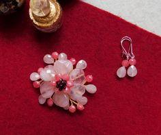 """""""Flori de piatră-Bijoux"""" albumul II-bijuterii artizanale marca Didina Sava Handmade Jewelry, Invitations, Album, Drop Earrings, Stone, Jewerly, Rock, Handmade Jewellery, Jewellery Making"""