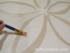 Thrifty and Chic: Pottery Barn Knock-off Oversized Sand Dollar Decorating With Pictures, Decorating On A Budget, Decorating Blogs, Sand Dollar Art, Knock Knock, Pottery Barn, Art Projects, Baby Shower, Crafty