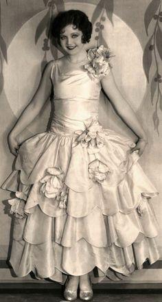 scallops-- Google Image Result for http://art-deco-weddings.com/wp-content/uploads/2011/09/roaring-20s-bride-nancy-carroll-548x1024.jpg
