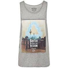 Tanktop mit Stadtprint ab 14,95€ ♥ Hier kaufen: http://stylefru.it/s770119 #jackjones #top #shirt
