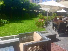 La Terrasse-Restaurant de l'#hôtel Warwick Reine Astrid à #Lyon Terrasse Terrace