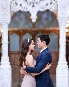 Cute Hug, Ladies Gents, Thai Drama, Fashion Couple, Sweet Couple, The Crown, Celebrity Couples, Gossip Girl, Love Photography