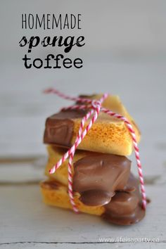 Today I'm joining with some other great Canadian bloggers to share some great ideas for homemade Christmas gifts. I thought I'd share a recipe for some homemade sponge toffee, because if your peeps are anything like mine the homemade gift they really want is something super yummy they can eat. I've never made sponge toffee …