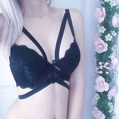 This classic strappy bra is available in size 30D and 32D I ve been getting a