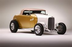 1932 Coyote Roadster by SO-CAL Speed Shop in Pomona CA . Click to view more photos and mod info.