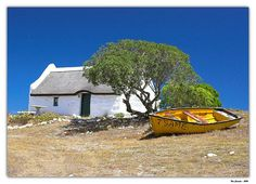 Cape Fisherman's cottage, Struisbaai, South Africa - not far from Cape Town. Fishermans Cottage, South Afrika, Dutch House, Le Cap, Cape Town South Africa, Out Of Africa, Africa Travel, Pictures To Paint, Countries Of The World