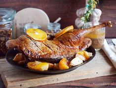 Roast duck with apples and oranges - Yum Goggle