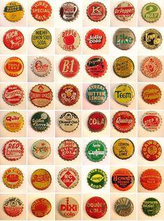 Vintage Bottles, Vintage Labels, Vintage Signs, Bottle Cap Art, Beer Bottle, Tapas, Vintage Graphic Design, Recycled Art, Vintage Advertisements