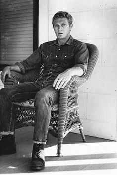 Steve McQueen doubles down on denim in Levi's 501 jeans for an essential fashion look that is still embraced today.