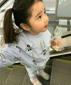 aн ena ĸeĸnya [private on some chap] warn; Cute Asian Babies, Korean Babies, Asian Kids, Cute Babies, Baby Boy, Cute Baby Girl, Baby Kids, Mode Ulzzang, Ulzzang Kids
