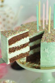 KakkuKatri: Minttusuklaakakku No Bake Cake, Vanilla Cake, Tiramisu, Cupcake, Baking, Ethnic Recipes, Desserts, Food, Tailgate Desserts