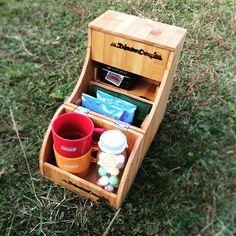 オリジナルオカモチmini  コーヒーセットとか調味料入れるのに便利です✨  一番上ももちろん開きます。  #キャンプ  #自作 #オカモチ