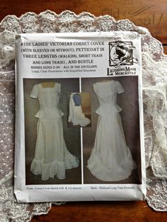 Laughing Moon #102 Ladies' Victorian Corset Cover, Petticoat & Bustle – Old Petticoat Shop