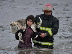 This boy refused to be saved from the flood in Buenos Aires if his buddy wasn't saved too!
