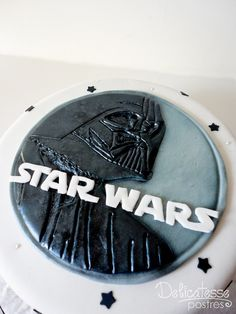 Star Wars Cake by Delicatesse Postres, via Flickr
