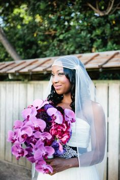 I like her veil. its interesting and I've never seen anything like it. Modern Wedding with Traditional Touches in California - Munaluchi Bridal Magazine Bridal Gowns, Wedding Gowns, Bridal Bouquets, Afro, Wedding Night Lingerie, African American Weddings, Black Bride, Bride Photography, Brides And Bridesmaids