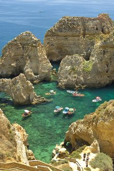 bootcamp in Portugal - nearby Ponte de Piedade. Nature Aesthetic, Travel Aesthetic, Flower Aesthetic, Places To Travel, Travel Destinations, Places To Visit, All Nature, Summer Dream, Travel Goals